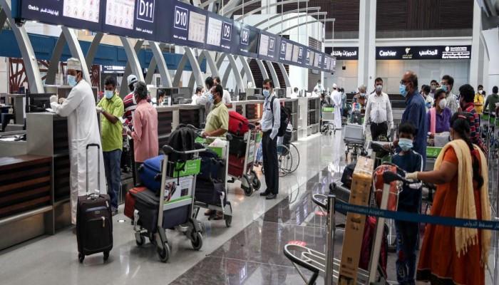 عمان تستعد لإعادة الرحلات الجوية التجارية لـ20 دولة