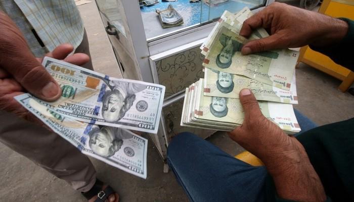 تراجع قياسي.. الريال الإيراني يتجاوز 290 ألفا للدولار الواحد