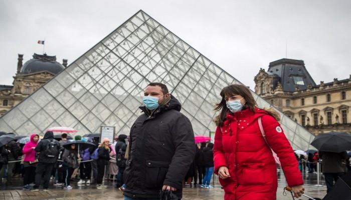 إصابات قياسية لكورونا في فرنسا رغم التراجع
