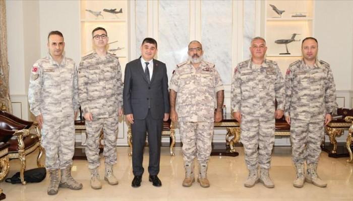 رئيس الأركان القطري يبحث مع سفير تركيا تعزيز العلاقات