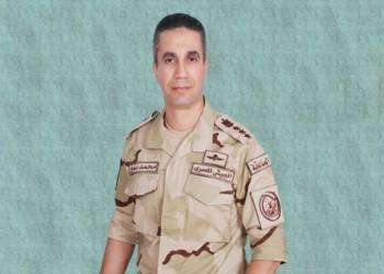متحدث الجيش المصري السابق ينتقد الحياة السياسية.. والسلطات تحذف مقاله