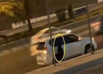 جدل واسع حول فيديو فتاة سعودية تصلي في الشارع.. ووالدها: التعليقات جائرة