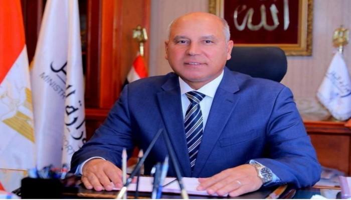 بالوثائق.. وزير النقل المصري تستر على مسؤول متورط في قضايا فساد