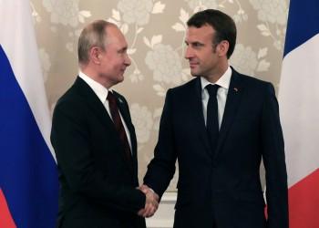 بوتين وماكرون يناقشان أزمة قره باغ ويدعوان لوقف القتال هناك