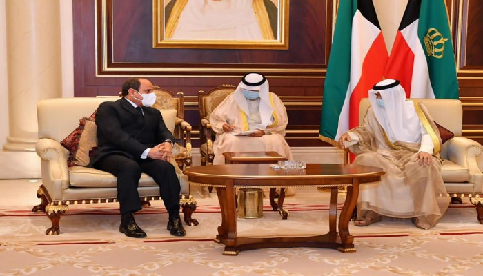 السيسي يلتقي أمير الكويت الجديد ويقدم العزاء في الصباح