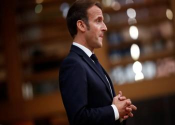 ماكرون يطرح مشروع قانون يستهدف مسلمي فرنسا