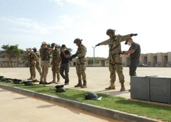 تركيا تدرب 120 جنديا ليبيا في قاعدة تاجوراء