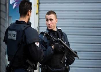 فرنسا تعتقل 3 ناشطات ألصقن رسوما كاريكاتورية للنبي محمد
