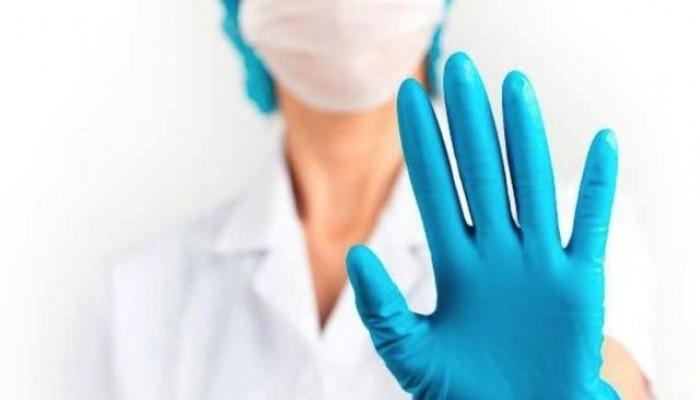 قطع جزء من لسانها.. تفاصيل الاعتداء على طبيبة مصرية بالكويت