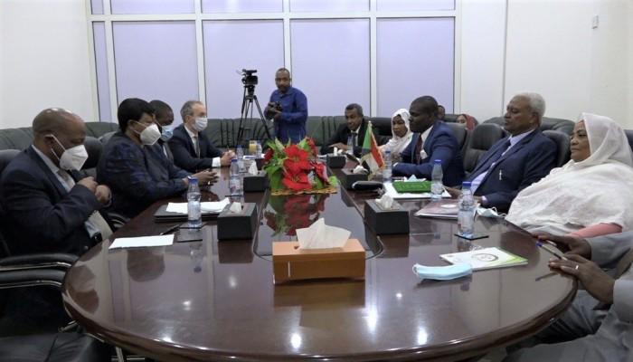 بنسودا تبدي ارتياحا لتعاون السودان مع الجنائية الدولية
