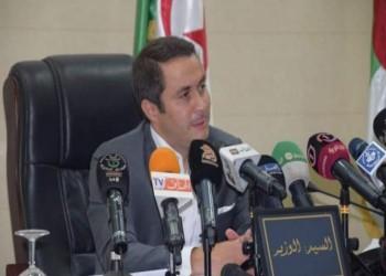 فجر غضبا واسعا.. وزير جزائري لمعارضي الدستور: اللي مش عاجبه يرحل (فيديو)