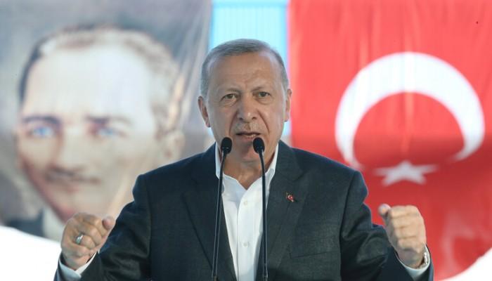 بعد هجومه على ماكرون.. أردوغان ينتقد ميركل ويدعو لنصرة المسلمين بأوروبا