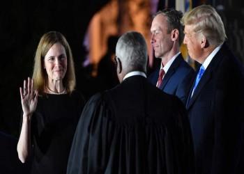 إيمي باريت تؤدي اليمين كقاضية في المحكمة العليا الأمريكية