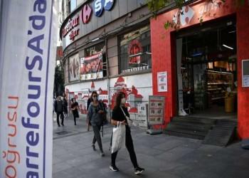 رغم التشابك الاقتصادي القوي.. الأتراك يتفاعلون مع دعوة أردوغان لمقاطعة فرنسا