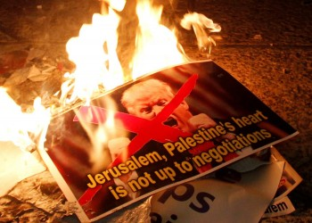 ديفيد هيرست: كارثة قريبة تنتظر الشرق الأوسط بسبب انتصارات ترامب الزائفة