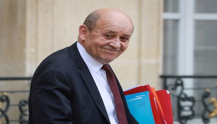 وزير خارجية فرنسا يزور القاهرة ويلتقي شيخ الأزهر لتهدئة الغضب