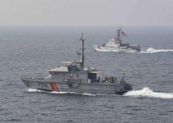 نفذت دوريات شمال الخليج.. مناورات بحرية كويتية أمريكية