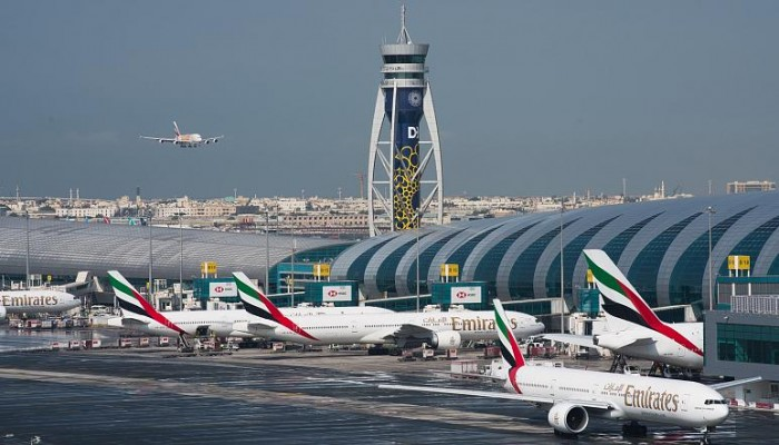 مطار دبي يستقبل أول رحلة لسياح إسرائيليين(فيديو)