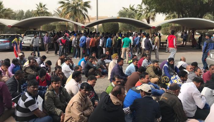 عمان تسمح للعمالة الوافدة بمغادرة السلطنة دون غرامات