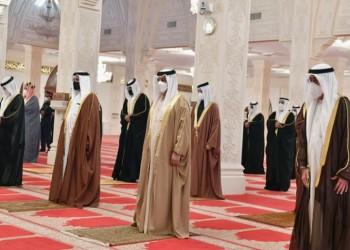 جثمان رئيس وزراء البحرين يوارى الثرى