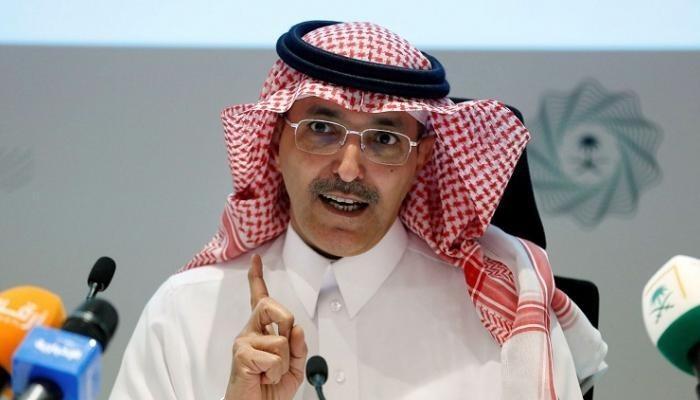وزير المالية السعودي ينفي خططا لزيادة ضريبة القيمة المضافة