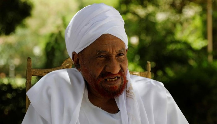 تدهور صحة زعيم حزب الأمة السوداني الصادق المهدي بسبب كورونا