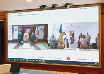 الإمارات وجزر القمر توقعان مذكرة تفاهم في المجال الدفاعي والعسكري