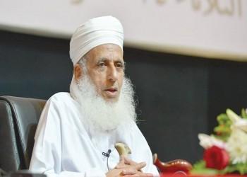 مفتي عمان عن دعوة تركي الحمد: مخذول ختم الله على قلبه