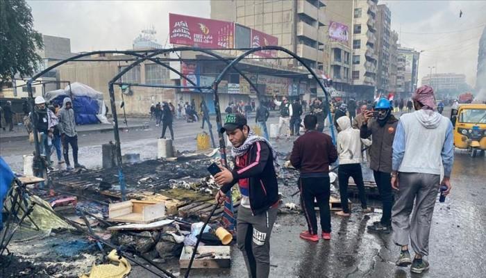العراق.. قتيل و35 مصابا بمواجهات بين أنصار الصدر ومتظاهرين