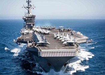 """البحرية الأمريكية: لا علاقة بين تحريك """"نيميتز"""" للخليج بتهديد معين"""