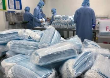 أكبر شركة للقفازات الطبية في العالم تغلق مصانعها بسبب إصابة عمالها بكورونا