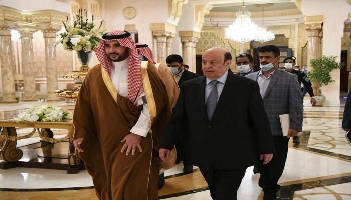 ضغط سعودي على هادي لإعلان الحكومة دون تنفيذ الشق العسكري باتفاق الرياض