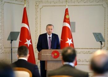 أردوغان يدعو لوضع حد للإساءات باسم حرية الصحافة