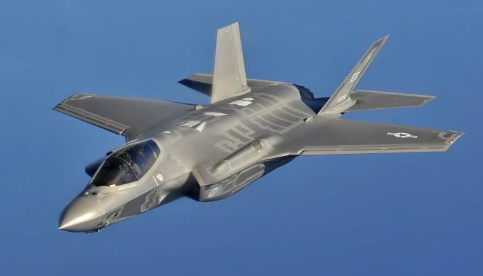 سيناتور أمريكي يحذر من خطورة بيع إف-35 للإمارات