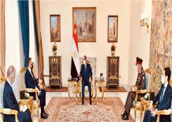 مصر.. السيسي يتطلع لتطوير التعاون العسكري مع اليونان