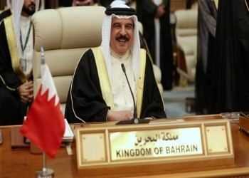 ملك البحرين: تطعيم كورونا اختياري ومجاني لكل مواطن ومقيم