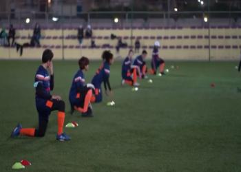 سعوديات يتنافسن للعب في أول دوري نسائي لكرة القدم بالمملكة