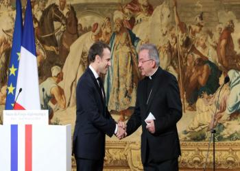 لتحرشه جنسيا بـ4 رجال.. السجن 8 أشهر لسفير الفاتيكان السابق في فرنسا