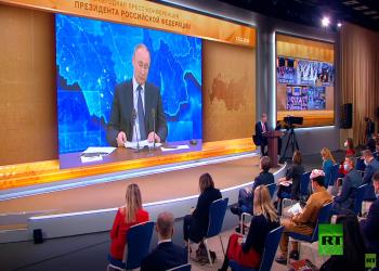 بوتين يعلق على أزمة الرسوم المسيئة.. ويتحدث عن مشاعر المؤمنين (فيديو)