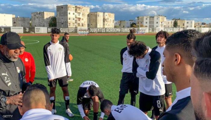 إصابتان جديدتان بكورونا تهددان مباراة شباب مصر مع تونس