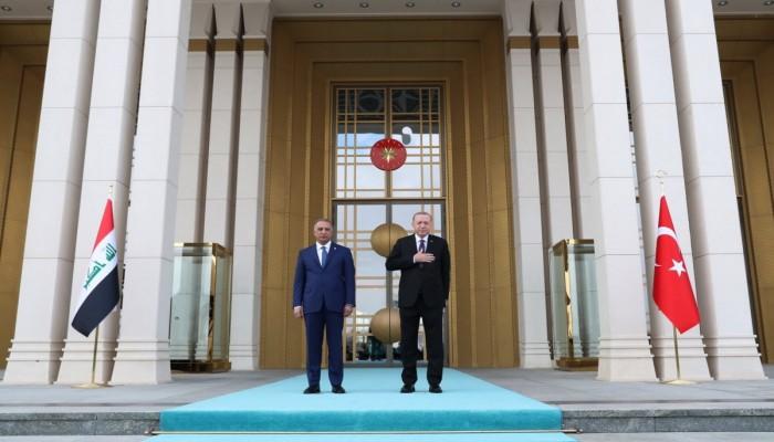 الإعلام العراقي يحتفي بزيارة الكاظمي إلى تركيا.. ماذا قال؟