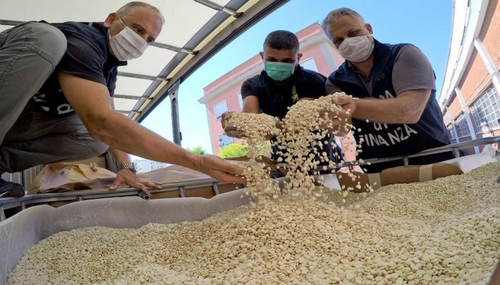 إيطاليا تكشف تفاصيل شحنة مخدرات لنظام الأسد وحزب الله بمليار دولار