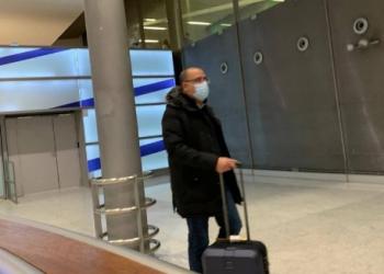 رئيس وزراء تونس في باريس سرا.. وجدل بمواقع التواصل (صور)