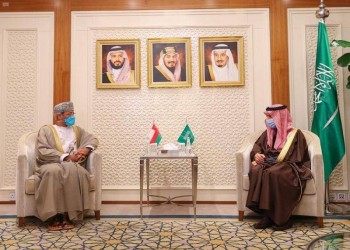 وزيرا خارجية السعودية وعمان يبحثان تطورات المنطقة