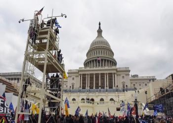 """ترامب يجر """"الجمهوريين"""" إلى خسارة الأغلبية بمجلس الشيوخ"""