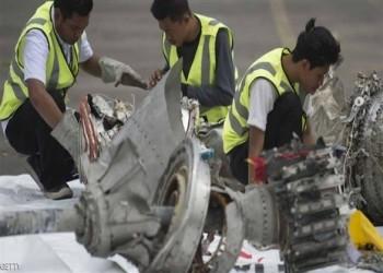 العثور على أشلاء بشرية في موقع تحطم الطائرة الإندونيسية