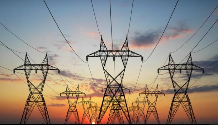 مسؤول: إيران تمارس ضغوطا لإيقاف مشروع الربط الكهربائي بين العراق ودول الخليج