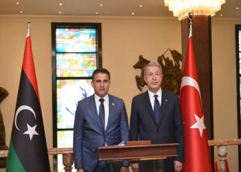 إسطنبول.. وزير الدفاع التركي يلتقي نظيره بحكومة الوفاق الليبية