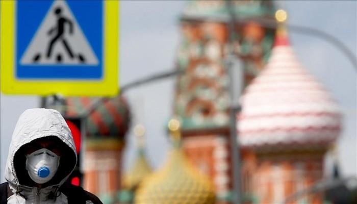 قدم من بريطانيا.. روسيا تسجل أول إصابة بسلالة كورونا الجديدة