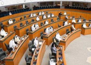 برلماني كويتي يقترح زيادة رواتب المواطنين العاملين في القطاع الخاص